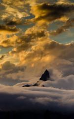 Evening Pilot Wrapped in Weather (Kent Copeland) Tags: pilotpeak wyoming absarokabeartoothmountains yellowstonenationalpark mountain weather