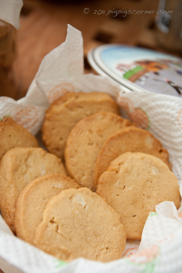 Peanut Butter Cookies with Crunchy Abalone Macadamia & Sea Salt