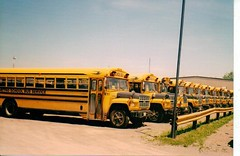 Last day of service, Metro School Bus Service, Moncton, New Brunswick, Canada (JarvisEye) Tags: canada bus student metro lastday newbrunswick moncton schoolbus autobus finalday june212002 schooldistrict2