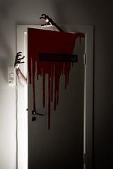 Dont Go in There! (ramyo) Tags: blood fear horror murder twphch twphch090