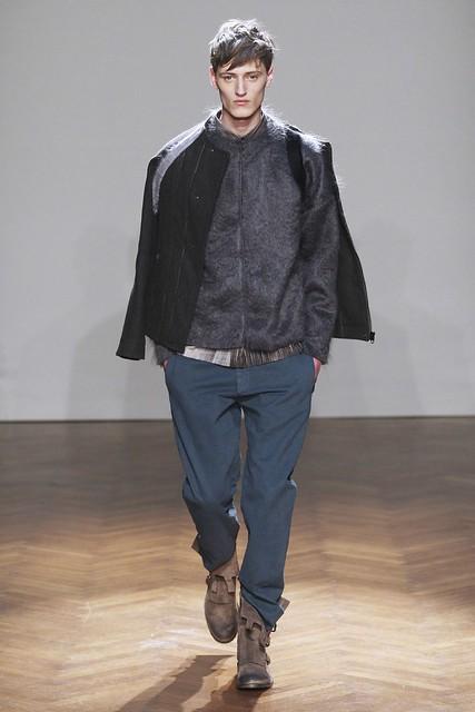 FW11_Milan_Albino Deuxieme009_Demy Matzen(Simply Male Models)