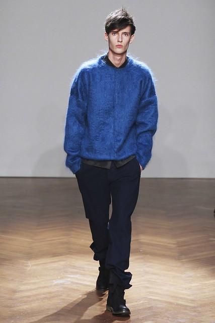 FW11_Milan_Albino Deuxieme021_Dzhovani Gospodinov(Simply Male Models)