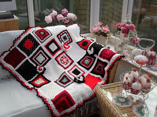 'Whats black and white and 'red' all over?' SIBOL No.52 'The Newspaper Blanket'. 4/4 I'm pleased to say......:)