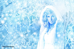 Aurielle Bride ~  Snow Queen (~Phamster~) Tags: wedding snow photoshop canon bride queen quadra elinchrom phamster85l