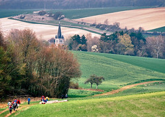 04 018 27 - Champagne-Ardennes, Aube, randonne en valle d'Othe (jeanpierreossorio) Tags: village campagne clocher randonne aube champagneardennes