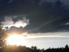 Sunburst (mylifeaslynn) Tags: sunset sky sun nature beautiful clouds rays sunray