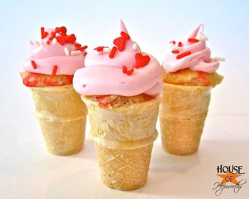 CupcakeConesRound410