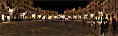 Lucca.... P/za dell'Anfiteatro (leon.calmo) Tags: canon lucca panoramica piazza toscana hdr ohhh notturno fiatlux eos50d piazzadellanfiteatro estremit bellitalia leoncalmo