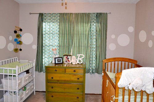 Baby Room dots
