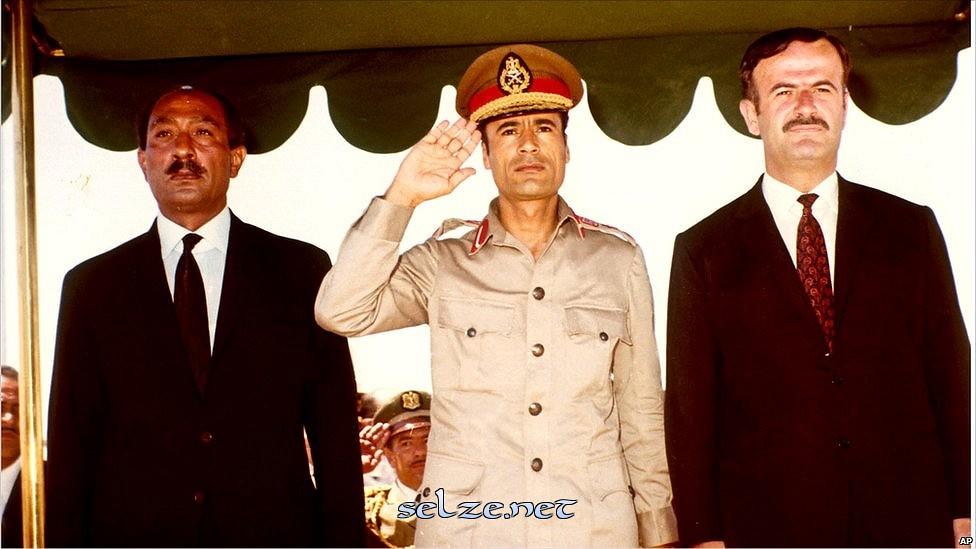 القذافي بالصور