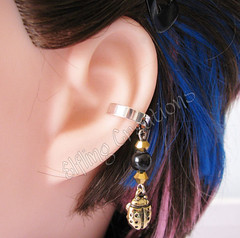 Black and Gold Cartilage Ear Cuff - Lucky Ladybird