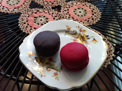 dark chocolate & raspberry macarons