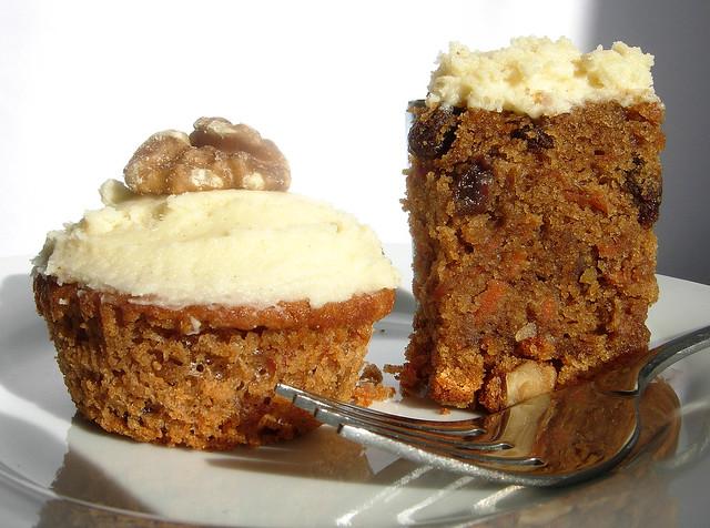 Carrot cake and a gluten free carrot cake bun.