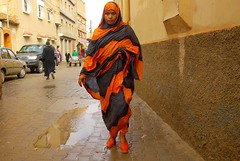 Orange shoes (guido camici) Tags: africa orange shoes pentax sigma morocco berber maroc westafrica marocco maghreb souk souq phototrip suk taroudant berbers suq phototravel magreb haik souss imagesofafrica sooq heik kingdomofmorocco berberi sigmalenses penrax sigma1770mmf2845dcmacro pentaxk10d moroccanstyle berberpeople imagesforafrica fotodiviaggio southmorocco moroccotravelphotos soussvalley guidocamici africaoccidentale jouerney esouk immaginidellafrica pictureofafrica fotografiedellafrica stilemarocchino moroccanstylelife moroccotripphotos maroccofotodiviaggio maroccofotografiediviaggio fotodiviaggioinmarocco fotografiediviaggio valledelsous tamazirtnsus valledelsouss maroccodelsud taraoudant thelillemarrakech lapiccolamarrakech trdnt tarudannt grandmotherofmarrakech taroudantsouq taroudantthrsouq taroudantsouk taroudantthesuq taroudantsuk