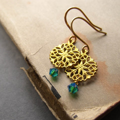 Floral - 14k gold hand hammered ear wire