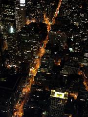 X (www.jlosada.com and @jorge_losada on Instagram) Tags: street nyc usa ny newyork architecture night noche avenida calle arquitectura order cross space broadway nocturna flatiron calles cruce urbanismo orden espacio nuevayork avenues retcula avenidas jorgelosada
