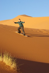 Sandboarding (M. Laugesen) Tags: africa sony dslr a550 alpha550