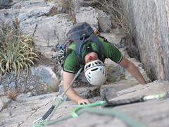 La Estrellita - 12 pitch, 5.10b, in El Potrero Chico, Las Estrellas.. the climb up.. (iwona_kellie) Tags: sport rock mexico climbing nuevoleon hidalgo estrellita multipitch elpotrerochico climbingguide 1200feethigh tripdayeight twelvepitchclimb