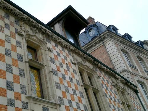 Voyage au pays d'Avre 2 Verneuil sur Avre maison à damier par agayfriday lic. cc