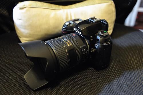 Nikon D70 + AF-S VR Zoom-Nikkor 18-200mm f/3.5-5.6 G ED DX
