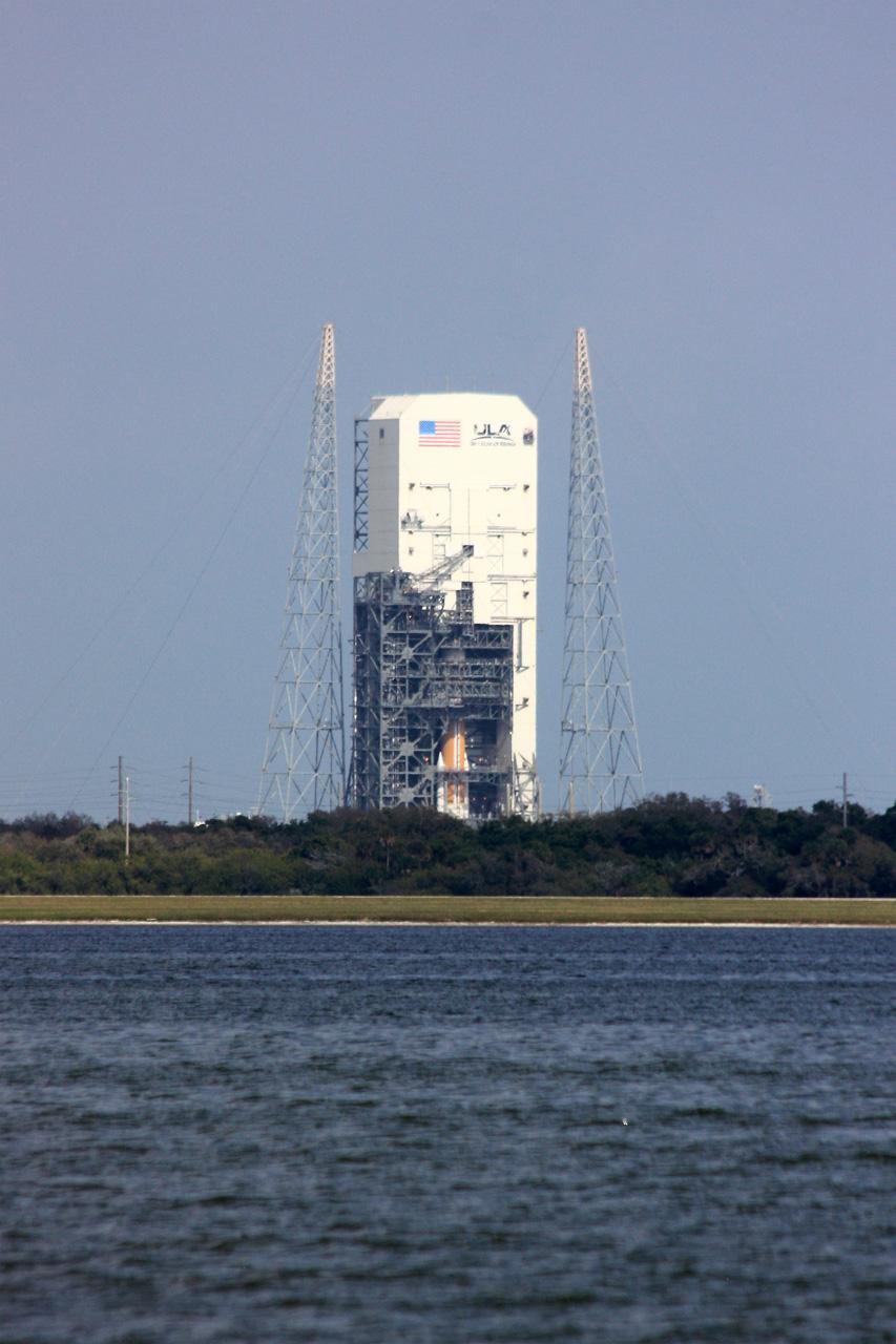 Delta IV  NROL-27 lancement le 11 mars 2011 5517662421_6c7d0f1a8b_o
