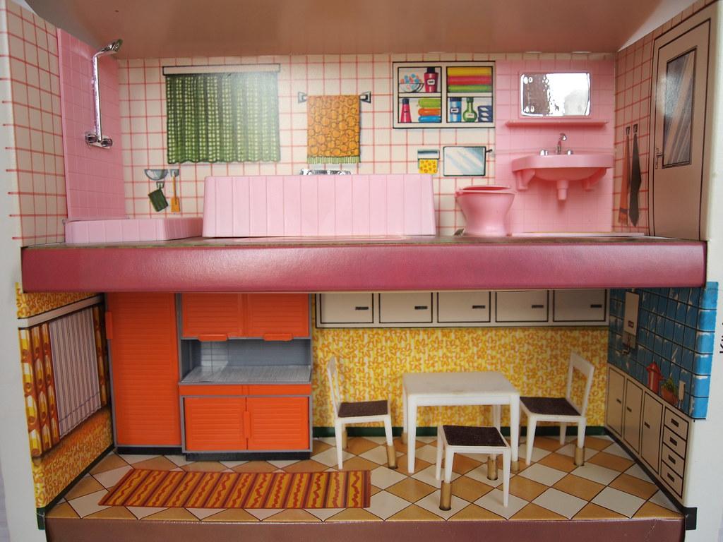 1970s JEAN dolls house