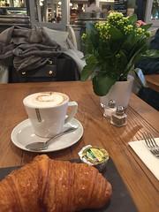 petit dejeuner (akerrz) Tags: accessories style scarf plant cappuccino saturday england selfridges london petitdejeuner breakfast
