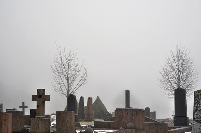 kyrkogård 4
