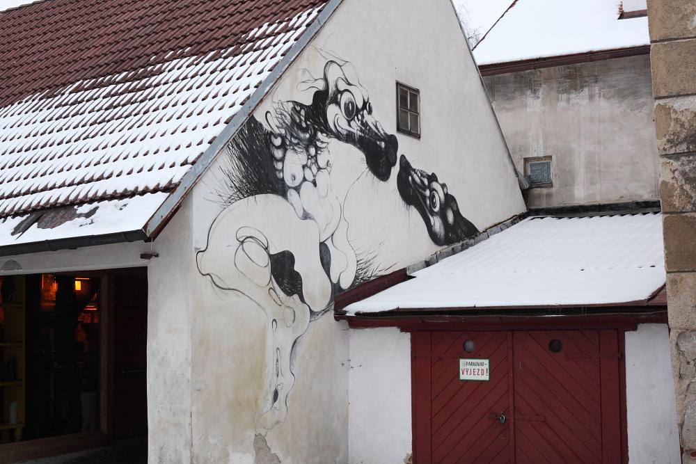 street art in Český Krumlov 16