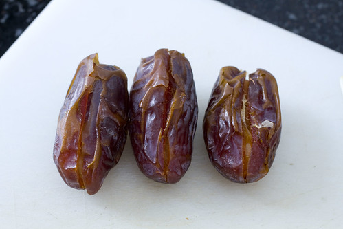 close stuffed dates