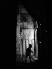 scne du maroc 05 (laboratoire de l'hydre) Tags: city nature silhouette photo rue enfant ville wenders vieux cabane fantome urbain sauvage labyrinthe errance depardon taule silhouettephotography