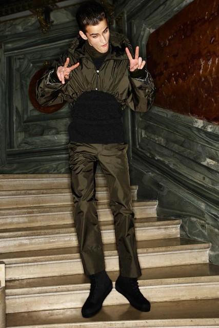 Eugen Timofejev3036_FW11_Paris_Wooyoungmi(sonny)