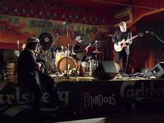 lo spettatore (fotomie2009) Tags: italy music train live stage performance band bob blues dirty musica livia load spectator monteleone raindogs savona dalvivo cillo dirtytrainload raindogshouse