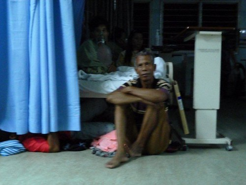 2a. Carers of patients resting on the floor