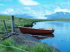 At a distance (alicia fleri) Tags: iceland vatnajkullglacier