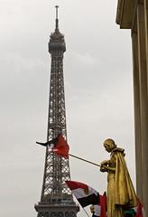 """2011.02.13.07 PARIS - Place du Trocadro - Manif pro gyptienne (alainmichot93 - """"Je suis Charlie"""") Tags: paris france seine place du palais 75 iledefrance chaillot trocadro 2011 paris16mearrondissement"""