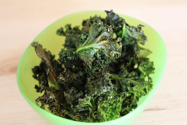 Crispy Roasted Kale Chips