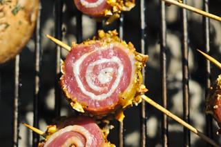 Pecan-Crusted Pork Pinwheels