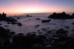Atardecer playa, larga exposicion (Yeray Rojas) Tags: la agua nikon san juan playa canarias tenerife garcia islas larga gomera rojas exposicin d60 filtro 2011 yeray nd4
