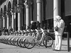 (Max Torriani) Tags: street people bw italy milan g11 canong11