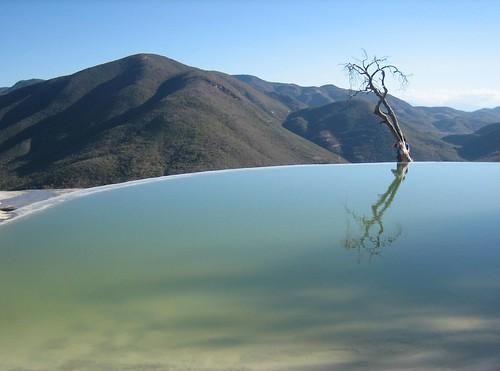 Hierve el agua, Mexico by Sergio Elbio