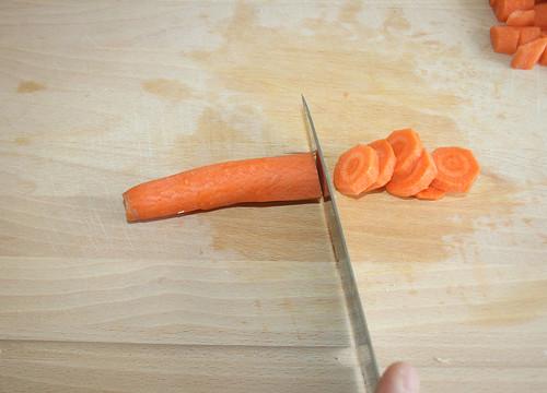 14 - Karotten schneiden