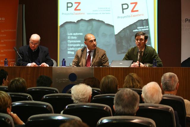 Ignacio Arsuaga y Miguel Vidal Santos ayer en La Coruña (foto de Elentir)