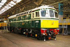 A new coat of Paint ! (David Blandford photography) Tags: repainted 33012 preserveddiesels d6515 brcw 71alocomotivegroup