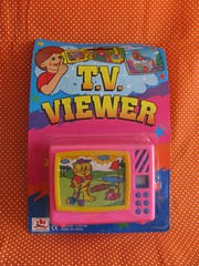 Tv Viewer (Retro Mama69) Tags: vintagetoys retrotoys childhoodtoys tvviewer juguetesnrfb toysmintcondition nrfbtoys dimestoretoys toysinpackage toysmadeinchina toysmadeinjapan