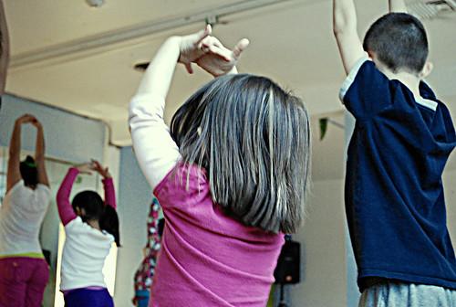 Zumba Kids - Reaching