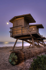 Lunar Daybreak (Didenze) Tags: moon beach dawn purple perspective fullmoon bluehour sanclemente hdr lifeguardtower moonpath canon450d didenze