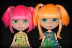 The Neon Girls!