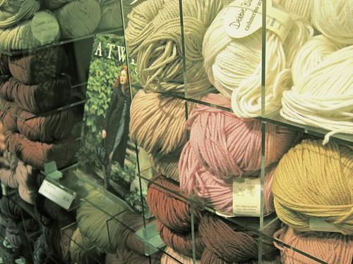 9bba56867 ... tecido · Guia de lojas de tricô e crochê na web ...