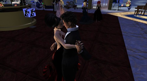 trav mccullough in second life : raftwet & xavier dancing